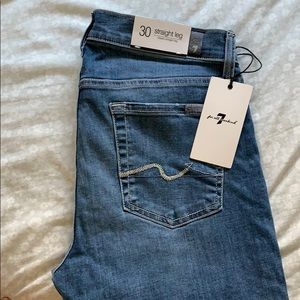 New Woman's 7 for all mankind jeans